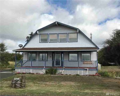 240 Stringtown Rd Ilwaco Two BR, Stunning view.