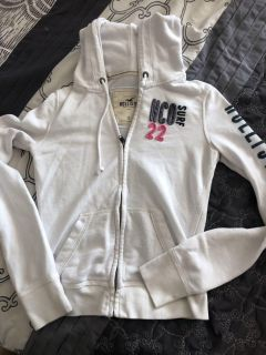 Hollister sweater small
