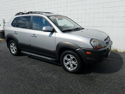 2009 Hyundai Tucson GLS (silver)