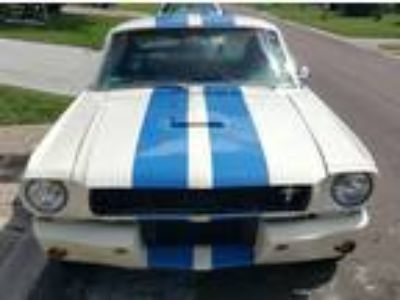 1966 Ford Mustang 2+2 Fastback GT-350