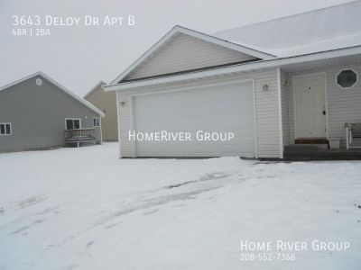 4 bd duplex in Ammon