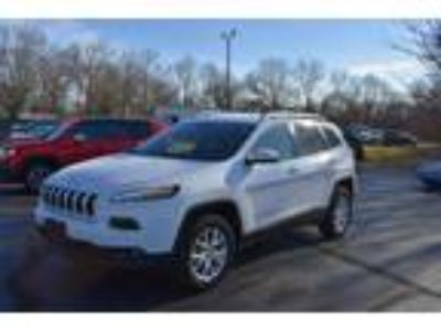Certified 2018 Jeep Cherokee Latitude 4WD in Mt. Sterling, OH