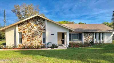 5941 SE 5 Place Ocala Three BR, PRICE REDUCED TO GET'ER SOLD -