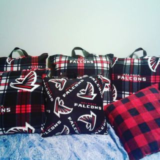 Atlanta Falcons 🏈🏈 Seat Cushions! Throw & Body Pillows!
