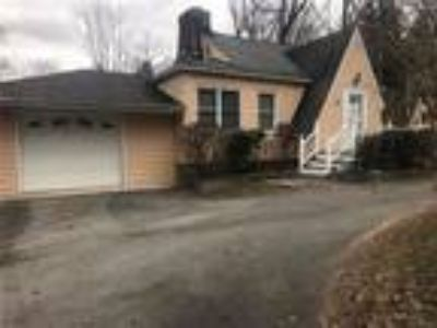 Real Estate For Sale - Three BR, 1 1/Two BA Capecod
