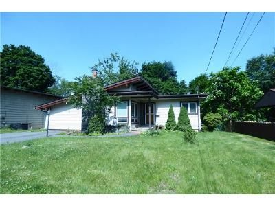 2 Bed 1 Bath Foreclosure Property in Middletown, NY 10940 - Commonwealth Ave