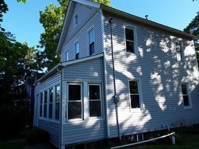 2 Bed 1 Bath Foreclosure Property in Monmouth Junction, NJ 08852 - Old New Rd