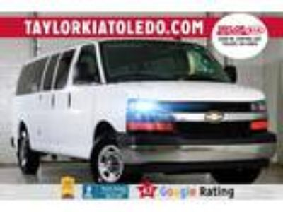 2017 Chevrolet Express 3500 for Sale