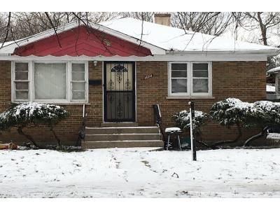 3 Bed 1 Bath Foreclosure Property in Harvey, IL 60426 - Union Ave