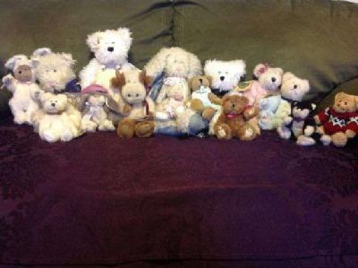 $10 Retired Boydes Bears from the 1990's (collectibles) *excellent conditi