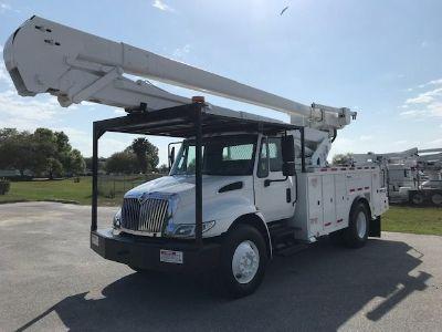 2012 International 4300 Bucket Truck (White)