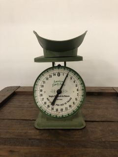 Vintage Style Scale