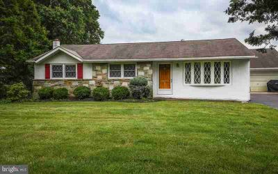 68 Sunset Dr RICHBORO, This beautifully maintained Four BR