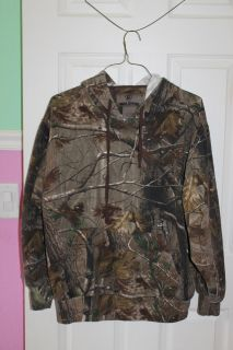 Game Winner Camo Pullover with Hood - Size L
