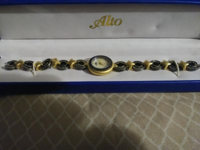 New Authentic! Vintage Alto Watch (needs battery only)