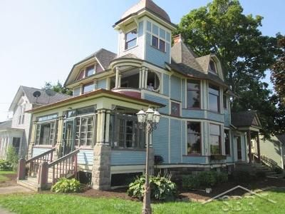 3 Bed 2 Bath Foreclosure Property in Morrice, MI 48857 - Main St