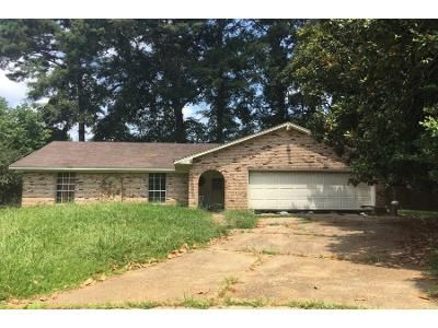 3 Bed 1 Bath Preforeclosure Property in Brandon, MS 39042 - Fern Valley Rd
