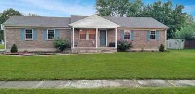 12224 Dulcie Ct Louisville, Welcome home to this wonderful 3