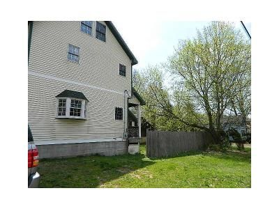 2 Bed 3 Bath Foreclosure Property in Wallingford, CT 06492 - N Elm St