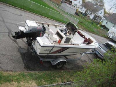 1989 Larson DC184 Center Console Boat