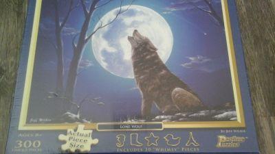 300 Piece Wolf Puzzle. .