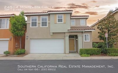 Stunning 3 Bedroom Plus Loft for Lease in Valencia!