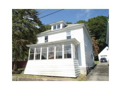 4 Bed 1 Bath Foreclosure Property in Little Falls, NY 13365 - High St