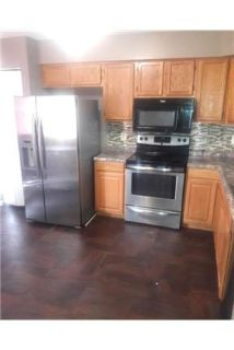 Bowie - Lovely 3bedrooms with 21/2 bathroom. Washer/Dryer Hookups!