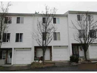 2 Bed 1.5 Bath Foreclosure Property in Staten Island, NY 10307 - Aspinwall St