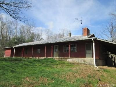 3 Bed 1 Bath Foreclosure Property in Asheville, NC 28804 - Old Leicester Rd