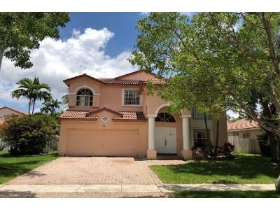 5 Bed 3 Bath Preforeclosure Property in Hollywood, FL 33029 - NW 185th Ter