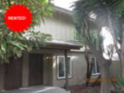 Duplex Town~Home In Tustin AVAILABLE NOW!