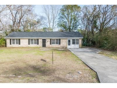 4 Bed 2 Bath Foreclosure Property in Wilmington, NC 28405 - Dickens Dr