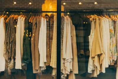 PICK/PACK Clothing $13.00/HR 2nd SHIFT