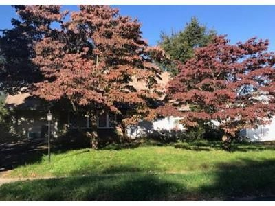 4 Bed 2 Bath Foreclosure Property in Levittown, PA 19056 - Plumbridge Dr