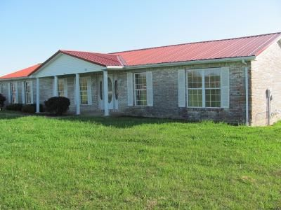 3 Bed 2 Bath Foreclosure Property in Ekron, KY 40117 - Rolling Acres Dr