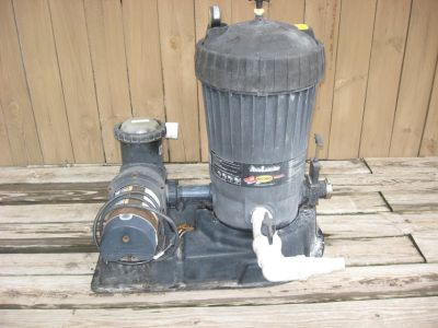 Jacuzzi DE pool filter and associated pool equipment