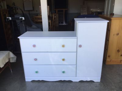 White dresser wardrobe like new