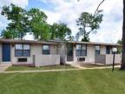 Applewood Apartments - The Sterling