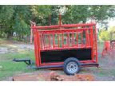 cattle working pens,squeeze chutes,,stock trailer