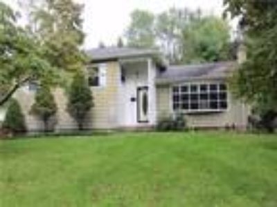 Real Estate For Sale - Three BR, 1 1/Two BA Split level
