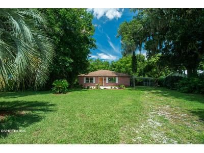 1 Bed 2 Bath Foreclosure Property in Crescent City, FL 32112 - Palm Ave