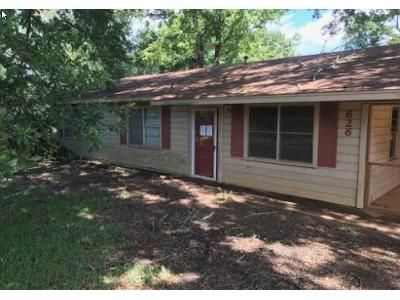 3 Bed 1 Bath Foreclosure Property in Atlanta, TX 75551 - County Road 4810