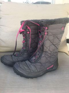 Columbia snow boots for girls size 4