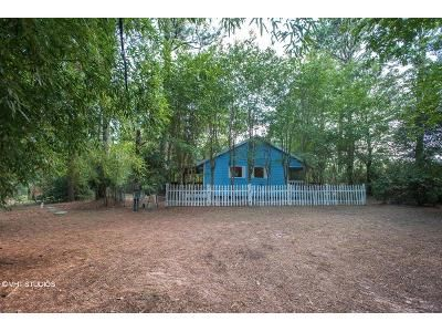 2 Bed 1 Bath Foreclosure Property in Anderson, TX 77830 - Fm 2819 Rd