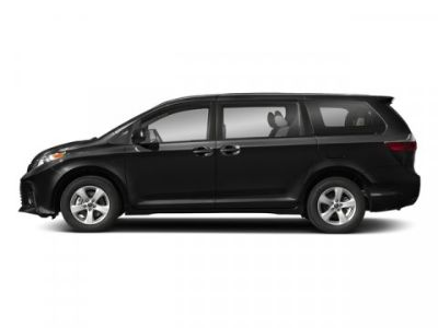 2018 Toyota Sienna XLE Premium (Midnight Black Metallic)