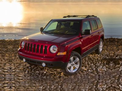 2015 Jeep Patriot High Altitude (Black Clearcoat)