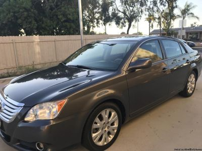 2008 Toyota Avalon clean title -4 Brandon new Michelin tires excellent condition no accidentIt