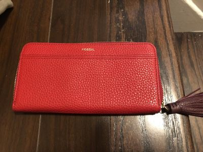 FOSSIL LEATHER WALLET NEW WITH TAG