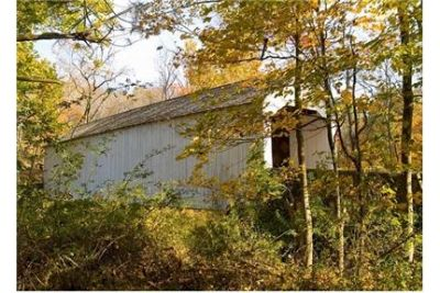 1 bedroom Apartment - This pet-friendly community is spread across forty beautiful acres. Pet OK!